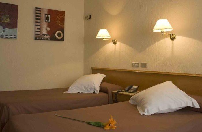 hotel-leuka1