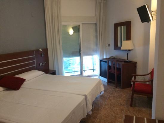hotel-la-familia-gallo-habitacion