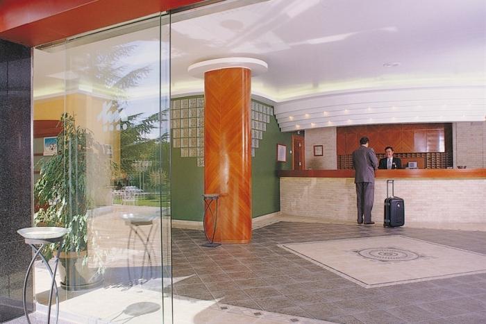 recepcion-2-hotel-torremengana-cuenca